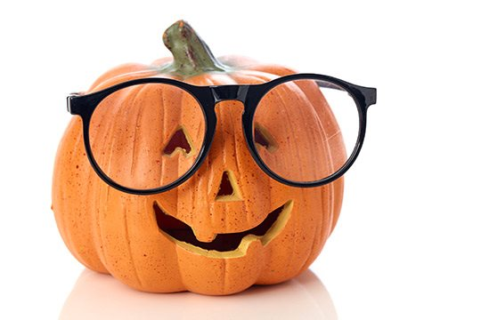 5 + 1 epic Halloween costumes thanks to your glasses